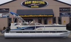2000 Sun Cruiser Malibu 202 TONS OF EXTRA ROOM ? BIMINI TOP ? FULL COVER ? FRONT SISHING SEATS ? REAR TABLE ? 12 VOLT ACC. Beam: 8 ft. 0 in. Stock number: USRD-1317