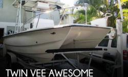 """Actual Location: Sarasota, FL - Stock #093422 - """"Awesome"""" Cat!22' 2000 Twin Vee, Hard Top & 2013 twin Mercury 90'sThis is a great boat for anyone looking to get into a great offshore power cat or to just cruise around the beaches.Power catamarans have"""