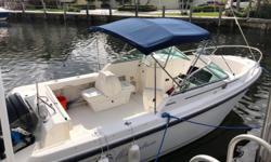 2001 21' Boston Whaler Ventura -- Well Kept Vessel -- Trailer IncludedPowered with Mercury 200HP OptiMax Outboard*****Owner Says Sell -- Priced to Move Quickly***** Engine(s): Fuel Type: Gas Engine Type: Outboard Quantity: 1 Draft: 1 ft. 3 in. Beam: 8 ft.