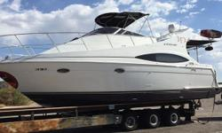 2001 Carver Yachts 350 Mariner One of Carver's most popular models, the 350 Mariner has beautiful exterior styling. The 350's cabin design is a shining example of what has made Carver famous in the luxury accommodations field. The single-level cabin