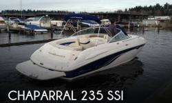 Actual Location: Snohomish, WA - Stock #092869 - This vessel was SOLD on March 7.This 2 owner 2001 Chaparral 235 SSi with Volvo Penta 5.7L fuel injected inboard/outboard with Volvo Penta Duo-Prop outdrive is ready for the water today. She has been stored