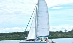 "Strong, Light, and FAST ""Green Flash"" Is Extraordinary   The Osborn 42 was a collaborative project between Bruce Osborne and Dave Calvert (Calvert Sail-loft).  Her hulls are based on the fast and proven Super Shockwave 42 by legendary multihull"
