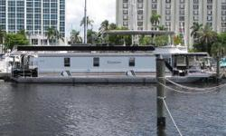 3 Bedroom, 2 Bath, Full Kitchen and Dining, Sun Deck with Jacuzzi Tub, Central Air Conditioning, 4 Flat Screen TVs, Garmin GPS, Twin Volvo 3.0GL 135hp Each. Nominal Length: 67' Length Overall: 67' Engine(s): Fuel Type: Other Engine Type: Stern Drive -