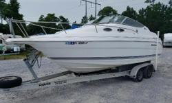 Do you like to stay out on the water for as long as can sometimes even sleeping in your boat? If that sounds like you then we have the perfect boat for you this pre-owned 2001 Wellcraft is ready to hit the water check out the awesome features this boat