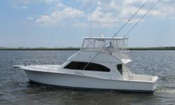 Just Reduced for over $70,000.00 for a quickfall sale. The 53 Cavileer is easy to spot with her expansive flying bridge and sleek lines that give the impression of sportfisherman strength and yacht sophistication. Bluewater anglers will find