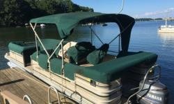 02 SAN PAN 2500 LE Pontoon with Yamaha 115 four stroke with 250 one owner hours. This is a well kept, fresh water, quality Pontoon Boat. Boat was lift kept and covered for its entire life. Manufacturers do not construct pontoon boats like this anymore.