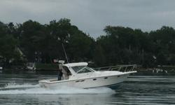 A rare, 100% fresh water Tiara 3100 Open with Cummins diesels. Boathouse kept by the current owners, Nauti Marie is an excellent example of this iconic boat. Whether you are looking to fish, cruise, or do a little of both, this one needs to be on your