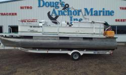 2002 Weeres 20' Fish, 2002 Mercury 75ELPT, 2002 Shorelander Trailer, On Dash Lowrance X67c, 3 Seats, Bench Seating w/Storage Under, Live/Bait Well, Stereo, Boarding Ladder, Table, Cover, Sun Top. - 2002 Weeres 20' Fish Nominal Length: 20' Engine(s): Fuel