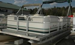 Here is your opportunity to get out in the sun and on the water at an affordable price!! This cruise pontoon is set up for you and your guests to have a fun filled day cruising along the shore of your favorite water. Propelled by a 2006 Tohatsu 25
