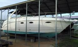 2003 Chaparral 320 Signature in Pensacola, Florida This 2003 Chaparral 320 Signature has twin Volvo 5.7 Gi 300 hp engines and a bow thruster. In addition to the Air conditioning and full camper canvas it has remote Spotlight, Windlass, 5kw Kohler gas