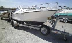2003 Edgewater 185dc FULL WINDSHIELD, Yamaha 115hp 4 stroke outboard, 214HRS, 2009 Road King Tandem axle galvanized trailer. bait well, wash down, swim platform with ladder, and compass. More photo's at www.omahamarinecenter.com . Engine(s): Fuel Type: