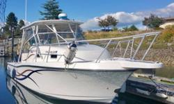 MAKO 313 EXPRESS A HUGE FISHING PLATFORM WITH ROOM TO SPARE. This rare find 31 Mako is a great express that offers a cabin with plenty of head room and can sleep 4 very comfortably. The V-Bunk is huge and has 2 bunks at mid ship that also has a filler to