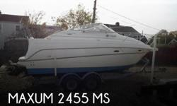 Actual Location: Greenwich, CT - Stock #092279 - If you are in the market for a cruiser, look no further than this 2003 Maxum 2400 SCR, just reduced to $23,995 (offers encouraged).This boat is located in Greenwich, Connecticut and is in great condition.