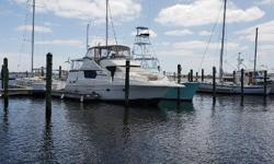 December 2018 - Detailed - Waxed (Motivated Seller) Bottom Painted October 2017 --- New Canvas Isinglass 2015 / 2016 --- Low hours 450 Cummins --- Bow Thruster. Nominal Length: 45' Max Draft: 4' Engine(s): Fuel Type: Other Engine Type: