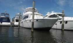 **BROKERAGE LISTING** PRIVATE OWNER MOTIVATED TO SELL. TRADES NOT ACCEPTED. **ONSITE FINANCING**The Meridian 411 Sedan provides the comfort and performance you would expect from a larger yacht. Whether extended cruising or out for a weekend getaway, this
