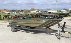 The Lowe Roughneck 1752VT is a rugged all-welded aluminum boat that's versatile. Featuring a rail system along the gunnels. This used jon has many options: Mercury 25HP 2 stroke with electric start, MK 80# troller 24V, Charger, bilge, 2 batteries,