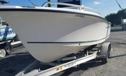 Located in Ft Pierce call for details. 2004 Sea Hunt powered by a Johnson 115 2 stroke HP engine.  Nominal Length: 20' Length Overall: 20' Engine(s): Fuel Type: Other Engine Type: Outboard Beam: 8 ft. 1 in. Stock number: FP