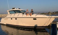 """This two owner 4400 Sovran is 100% Great Lakes Freshwater. Tiara introduced the 4400 Sovran in 2003 and in 2007-8 renamed the model the 4700 Sovran. This is a big boat at 50'4"""" length over all and a 14'6"""" beam, and it will handle rough seas with a 33,000"""