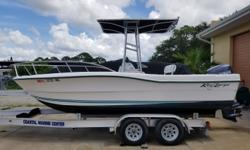 2005 Key Largo 2000CC, Very Clean 2005 20' Key Largo 2000 Center Console With 150 HP Yamaha motor, Hydraulic Steering, Stainless prop,2 batteries, with on/off switch, T-top with rocket launchers, live well, fish box, pop-up cleats, flip flop cushion seat