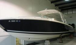 2005 39' Midnight Express Cuddy CabinImmaculate Condition Inside & Out, Top of the Line Vessel Loaded with Options and Upgrades*****Quad Mercury 275 Outboard Engines!!!***** Engine(s): Fuel Type: Gas Engine Type: Outboard Quantity: 4