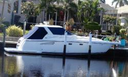 This Tiara Sovran 3600 is ready to cruise. Handcrafted in Michigan, she's beautifully designed and decorated. Her exterior and interior are in great condition. Cruise with up to 8 family and friends and sleep 4. Fully airconditioned in salon, master suite