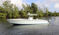 *** Completely Detailed Inside & Out December 2015*** Triple 250hp Yamaha Four Strokes - just serviced, only 450 hours Dry Rack Stored in Dania Beach, FL Furuno Electronics & Open Array Radar, Autopilot 5 Removable Front & Rear Bench Seats Perfect