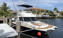 The 3490 Ocean Runner Flybridge offers a dual control design with a lower main control station and a flybridge station with seating for four. The mission of this boat is flexibility. It combines the advantages of an all-weather, enclosed operation like