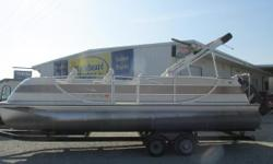 2006 Harris Floatbote Crown 250, Mercury 200, Rolco Trailer Nominal Length: 26.7' Max Draft: 1.8' Drive Up: 1.1' Engine(s): Fuel Type: Other Engine Type: Outboard Draft: 1 ft. 10 in. Beam: 8 ft. 6 in. Fuel tank capacity: 31 Stock number: U55D606