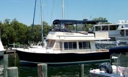 Just Reduced Now $213,900 Powered by a Single 440hp Yanmar Diesel, Bow & Stern Thrusters, Complete Electronics (GPS/Radar/Auto Pilot), 8.0kW Generator with Sound Shield, Extend Bimini Top, Complete Canvas Package, Glendinning Controls, Oil X-Change-R