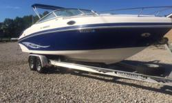 You will enjoy the power of this pre-owned 2006 Rinker Captiva 246 with Mercruiser 5.7 EFI 260 in good condition. It has docking lights, am/fm/cd stereo, snap-in carpet, cockpit cover, & tandem axle aluminum trailer with brakes. It also has a camper top
