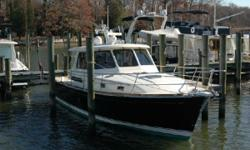 Beautiful Sabre 38 Hardtop Express with the very desirable Cummins engine package. She has just 880 hours of running time and has been very well serviced. Bow Thruster Cummins/ Onan 9KW generator Autopilot Twin Raymarine multi function displays