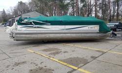 Do you need lots of seating for friends and family? Here it is! This 24ft. Southbay is rated for 15 people and has a nice 115hp Johnson to pulls tubes all day! Trades Considered. General Options BA0148A DEPTH FINDER STANDARD USED BOAT POLICY STEREO
