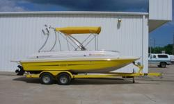Specifications Category: DECK BOATS Year: 2006 Make: STARCRAFT Model: AURORA 2000 Length: 20.0' Engine: MERCRUISER 4.3L MPI' Price: $20,995.00 Stock Number: CONSIGNMENT Location: Tulsa, OK Phone: 918-438-1881 Boat Details USED 2006 STARCRAFT AURORA 2000