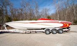 2006 Sunsation 32 MCOB, Twin Mercury 6.2MX (391 verified fresh water hours - 70 mph), Bravo I drives, Mirage stainless steel 23 pitch props, Bravo I drives, Drive showers, hydraulic steering, ski tow eye, Captains call exhaust, McLeod interior with drop