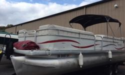 SALE PENDING 2006 SWEETWATER 2486 RE ? BIMINI TOP ? SKI TOW BAR ? REAR TABLE! Hull color: White & Red Stock number: USED424