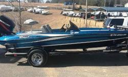 2006 Triton TR 186 - In excellent condition. Tournament ready, equipped with Lowrance electronics, a Minn Kota Maxxum, and powered by a Mercury 150. Nominal Length: 18'