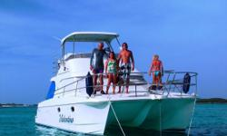 One owner Voyager 1040, this well presented vessel has been lovingly owned and cared for by the original owner. This Power Cat has twin 190hp Yanmar diesel engines, 3 cabins, large galley & saloon area leading to the roomy cockpit, perfect boat for