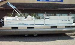 2006 Weeres 24ft Special Evinrude 60hp Etec, Wolverine Crank Up Tandem Axle Trailer, Playpen Cover, Swim Ladder, System Check Gauge, Bimini Top, AM/FM CD Player Beam: 8 ft. 0 in. Hull color: Blue/White Stock number: 313
