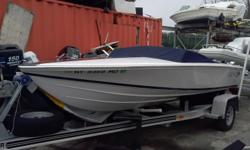 """Donzi 16 Classic, Mercuiser 260hp 5.0L MPI/Alpha One. Cockpit Cover, Mooring Cover. Am/Fm, Angled gauges No bottom paint. Trailer. Super Sharp & Fast! MFR: """"Arguably the most recognizable fiberglass boat ever created, Donzi's 16 Classic boasts a pedigree"""