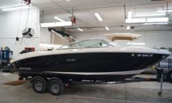 2007 Sea Ray 220 select Hull color: Black Stock number: USED695