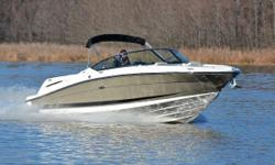 You are viewing a 2007 Sea Ray 270 SLX edition bow rider. This boat is very clean and shows to have been well maintained. Boat has been kept on a lift under a covered slip. Hull:overall appears to be in excellent condition