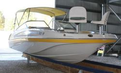 Check out thisEXTRACLEANLOWHOUR (130 Original Hours)2008 Southwind 212 Sport Deck Boatpowered with a Yamaha F150 Four Strokeoutboard. This Southwind is loaded factory options and optional equipment