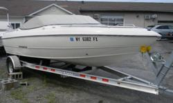 2008 STINGRAY 195 BR BOAT FOR SALE AT STORMKINGMARINE, NEW WINDSOR, NEW YORK 12553 HERE IS A GREAT LITTLE RUNABOUT FROM STINGRAY BOATS! THIS 19' BOWRIDER IS A GREAT WAY TO SPEND TIME ON THE WATER FOR CRUISING, SKIING OR JUST RELAXING ON YOU FAVORITE BODY