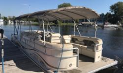 This 25 ft pontoon has everything you need to spend all day on the water. Call to set up an appointment today. Trades considered. Engine(s): Fuel Type: Gas Engine Type: Stern Drive - I/O Quantity: 1