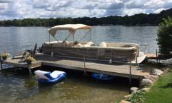 Really clean Sylvan 8527 Mandalay. Get the big pontoon you have been looking for. All your family and friends will fit on this boat. Ski tow bar for water sports. Trades considered. CANVAS MOORING COVER DECK SKI TOW ELECTRICAL BATTERY ELECTRONICS AM/FM