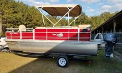 2014 G3 Sun Catcher V20C Pontoon 2014 G3 Pontoon Like new condition - seldom has been used. Great for the whole family. Doubles as a luxury entertainment pontoon and a fishing pontoon. Lowrance fish finder radio livewell 8 fishing rod holders. Comfortable
