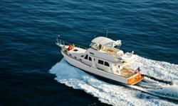 Description The next generation of the Heritage Series is gracefully manifested in the 47EU. Highlighted by advances in design and construction plus a sophisticated new styling this Grand Banks is an irresistible combination of classic beauty and pure