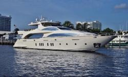 $1,300,000 PRICE REDUCTION IN EFFECT NOVEMBER 2015 The Azimut 116' Motor Yacht, with its sleekmirrored windows and purebred Italian lines, reflects the epitomy of modern European yacht design. As one of the world's leading yacht builders,