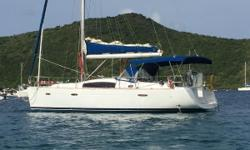 This Beneteau Oceanis 40 features a self-stacking full-batten mainsail with lazy jacks, and aroller-furling genoa. All sail control lines are led aft to the cockpit for safety and convenience, and thedual helm stations provide excellent