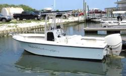 FOR QUESTIONS CONTACT: BRAD 267-394-0689 or bradbecker01@hotmail.com 2011 MayCraft 2000 CC DETAILS: -Evinrude 150 Etec with 492 hours -2011 Load Rite trailer -Two Lowrance HDS 7 units with sonar hub, sonic hub, structure scan, chirp -Airmar B60 inhull